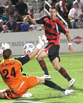 24e THE NORTH AMERICAN SOCCER LEAGUE HAS NAMED MATT HORTH OF THE ATLANTA SILVERBACKS AS THEIR PLAYER OF THE MONTH FOR SEPTEMBER